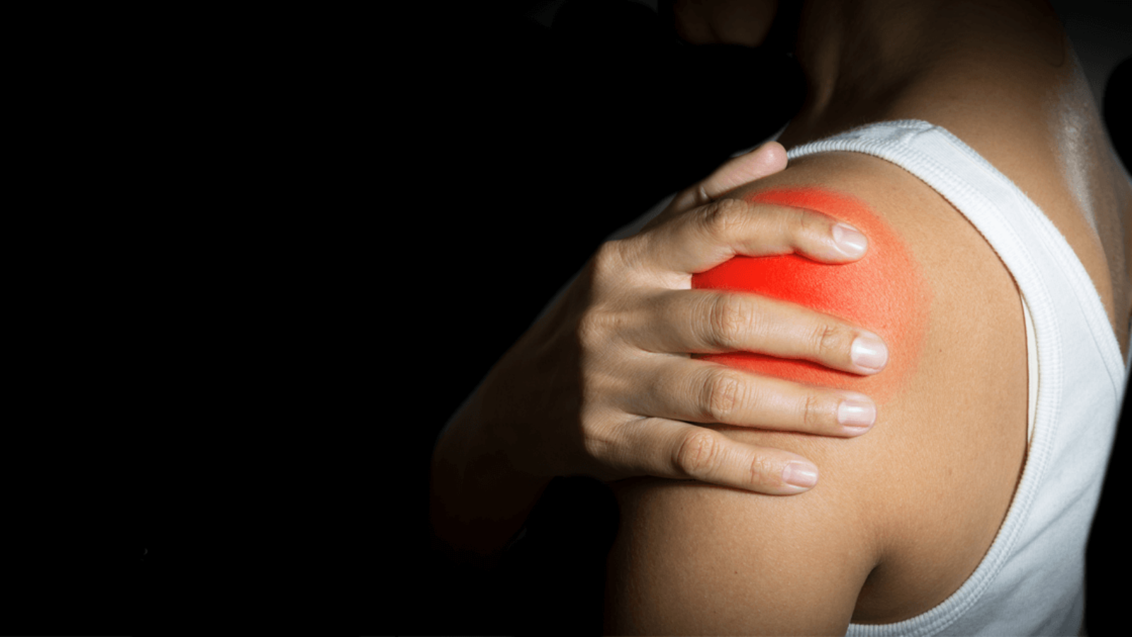 Il dolore alla spalla per chi pratica sport: come comportarsi